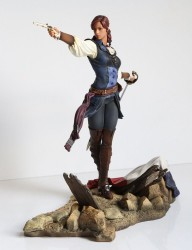 Assassins Creed Unity PVC Statue Elise The Fiery Templar 24 cm
